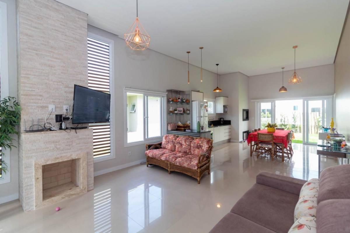 Casa em Condomínio 3 dormitórios em Capão da Canoa | Ref.: 3939