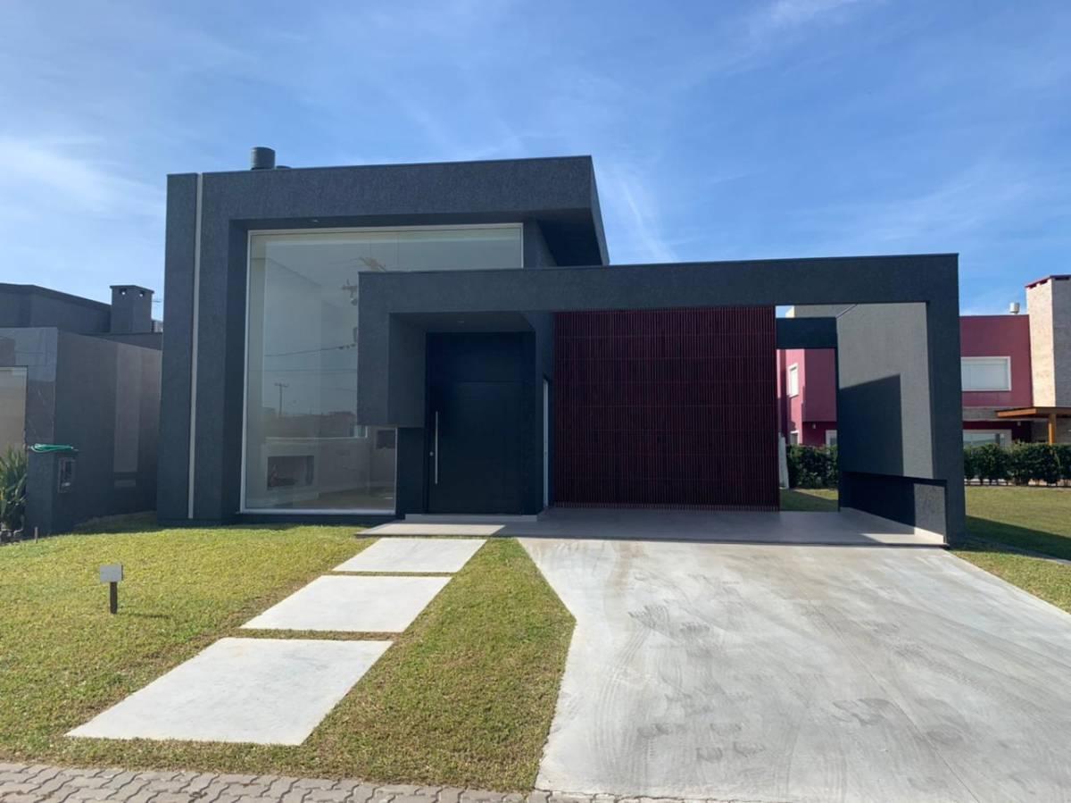 Casa em Condomínio 3 dormitórios em Capão da Canoa | Ref.: 4747